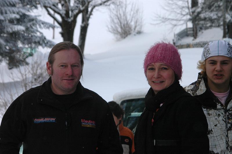Wintercamp07-0339-peter loretter mit frau und sohn